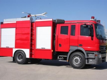 Narrow Field Fire Truck